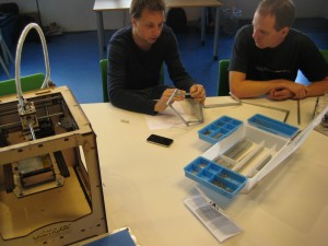 20110901Ultimaker MakerBeam 10